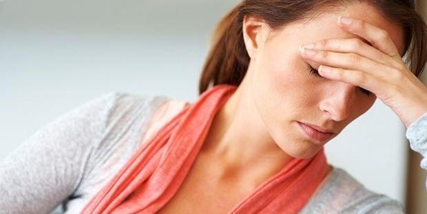 căng thẳng, mệt mỏi kéo dài cũng gây dị ứng da